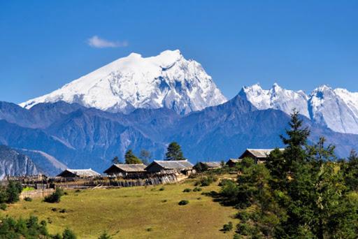 Snow Mountains in Yunnan