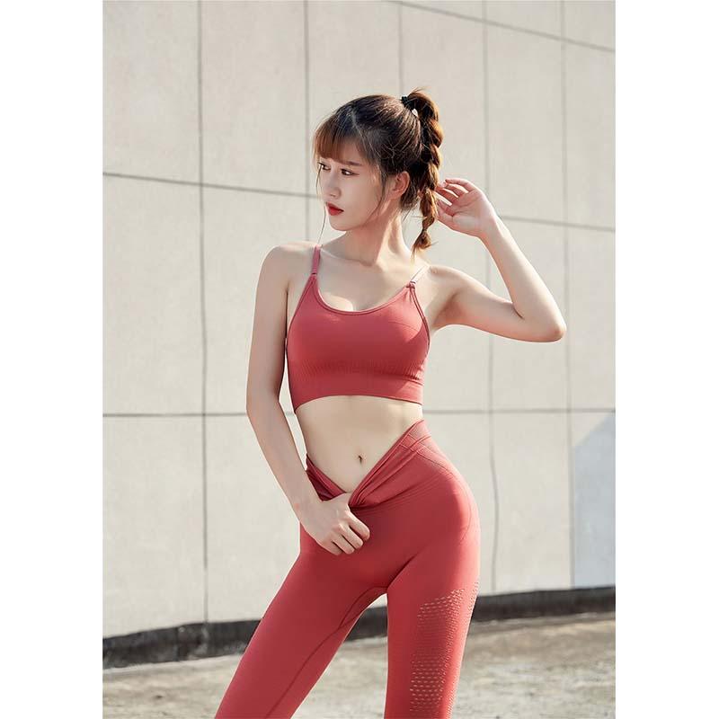 Sportswear red